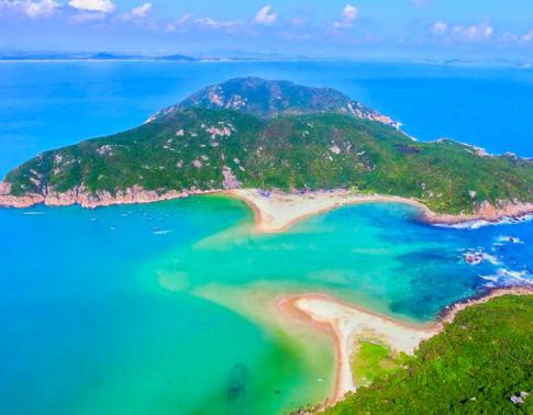 万宁守护海洋生态 保护国内唯一金丝燕常年栖息地